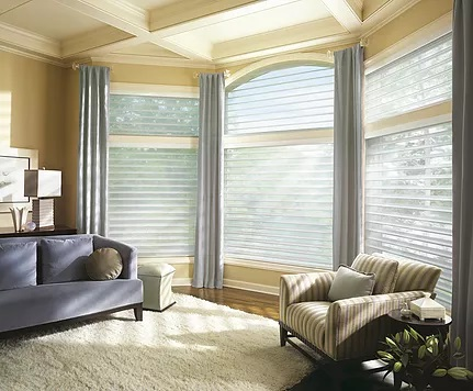 large windows with blinds